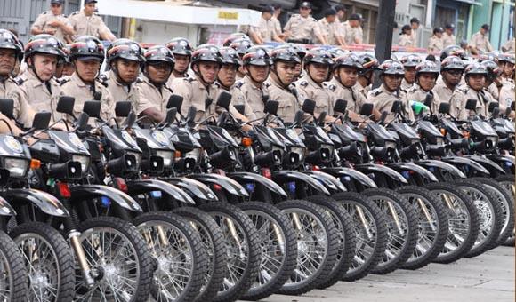 de la PNB fueron ascendidos durante celebración del día del Policía