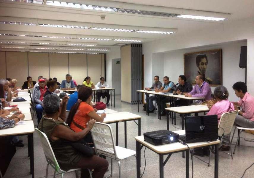 Reuniones de articulación entre medios comunitarios y mesas tecnicas de telecomunicaciones se realizaron simultáneamente en 23 estados del paìs este jueves