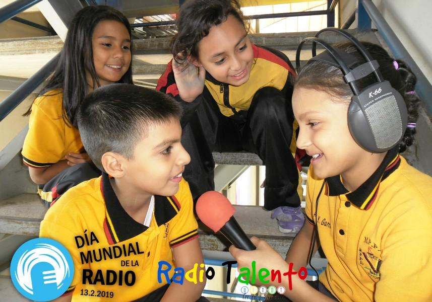 """La emisora escolar """"Radio Talento"""" produjo un material para celebrar el Día Mundial de la Radio este 13 de febrero"""