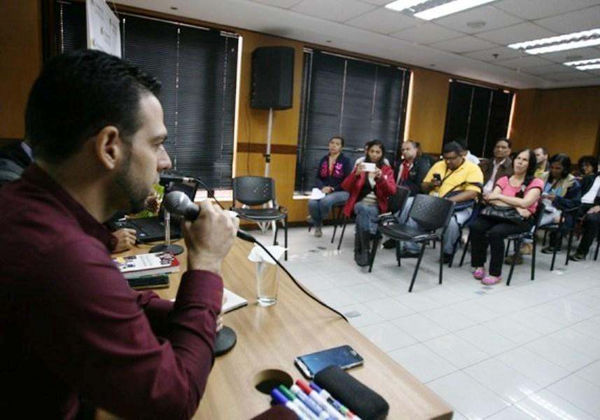 Comunicador Oscar Lloreda influenciadores venezolanos