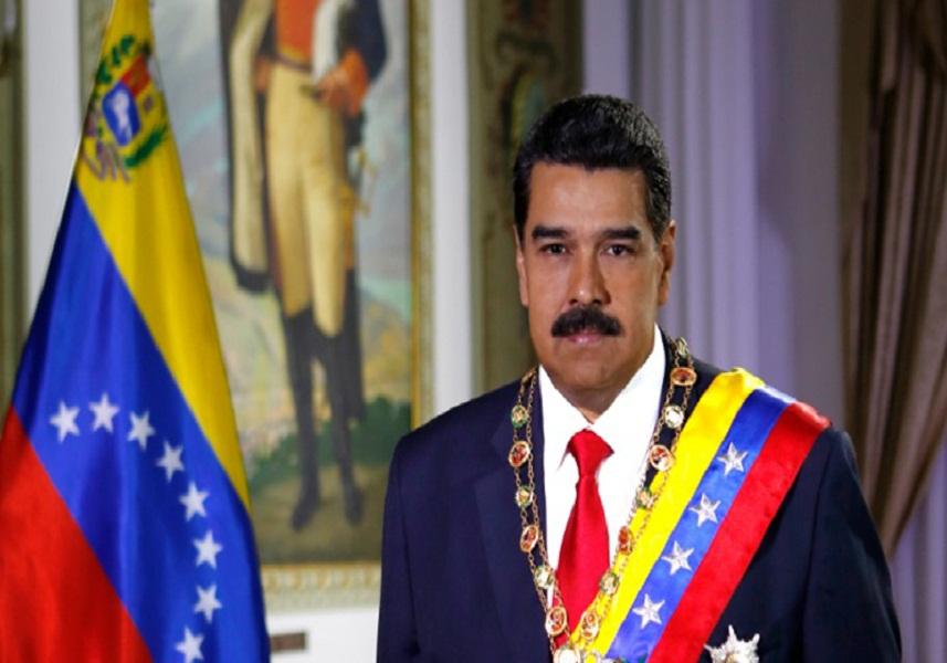 Maduro crea un ministerio y realiza cambios en su gabinete